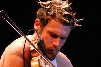 f980/1240149500-ashley_macisaac__scotish_music_festival.jpg